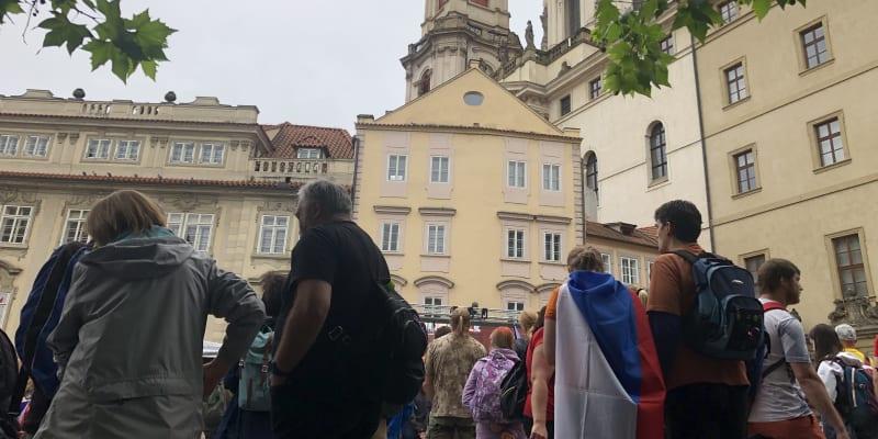 Protest před Sněmovnou