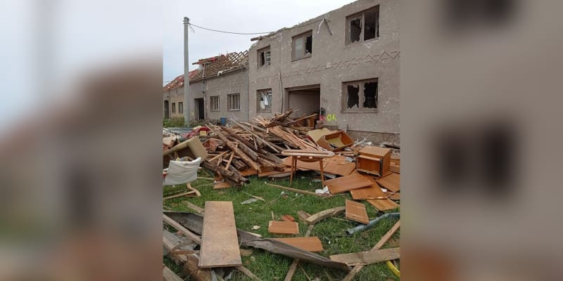 Dům, který 11letý Dominik pomáhal bourat. (Autor: Facebook Flaabra Flábíka)