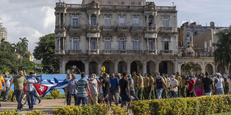 Proti vládě se demonstrovalo i v hlavním městě Havana.