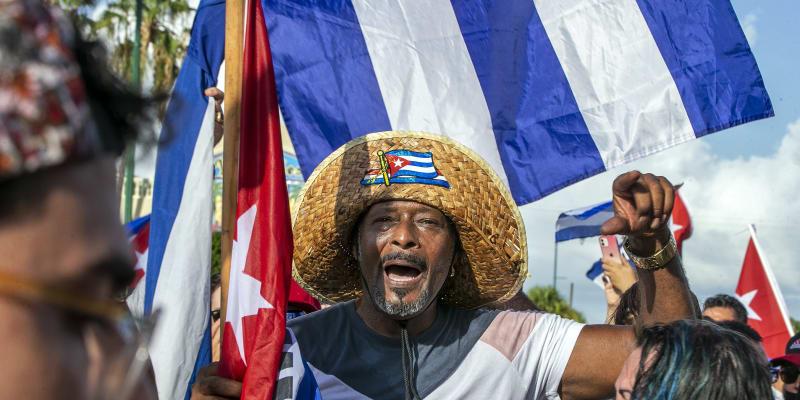 Kubáncům došla trpělivost kvůli nedostatku jídla a léků.