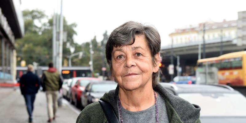 Jaroslava Pokorná je dcerou spisovatele, překladatele a dramaturga Jaroslava Pokorného a překladatelky Marie Pokorné.