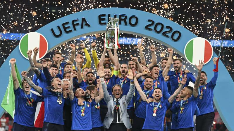 Neměli jste nikoho barevného. Euro je vítězstvím pravice, vyčítají Britové Italům
