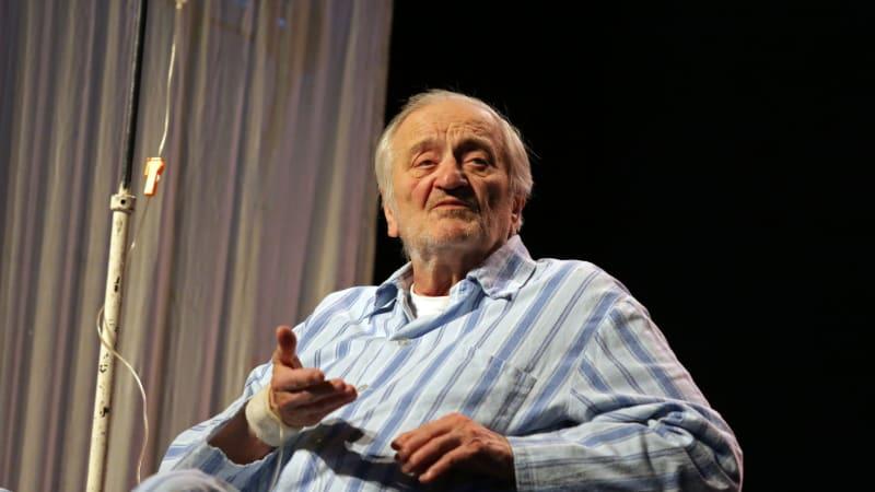 Milan Lasica nebyl jediným hercem, který zemřel na place. Koho potkal stejný osud?