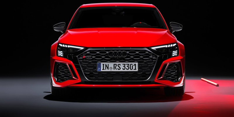 Audi RS 3 sedan a hatchback