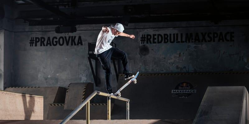 Český skateboardista Maxim Habanec se až do posledního kvalifikačního závodu snažil o postup na olympijské hry do Tokia.