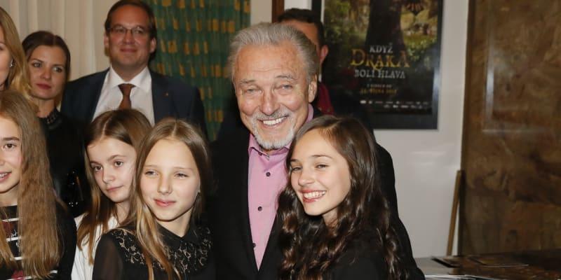 Karel Gott a jeho dcery Charlotte Gottová a Nelly Gottová