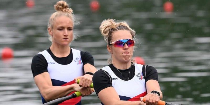 Kristýna Fleissnerová (vpředu) s Lenkou Antošovou na veslařském světovém poháru v Lucernu, kde obsadily 4. místo.