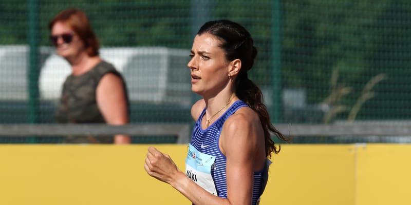 Kristiina Mäki nás reprezentuje v běhu na 1500 metrů.