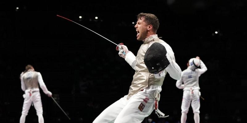 Alexander Choupenitch slaví vítězství na Letní olympiádě 2021 v Tokiu