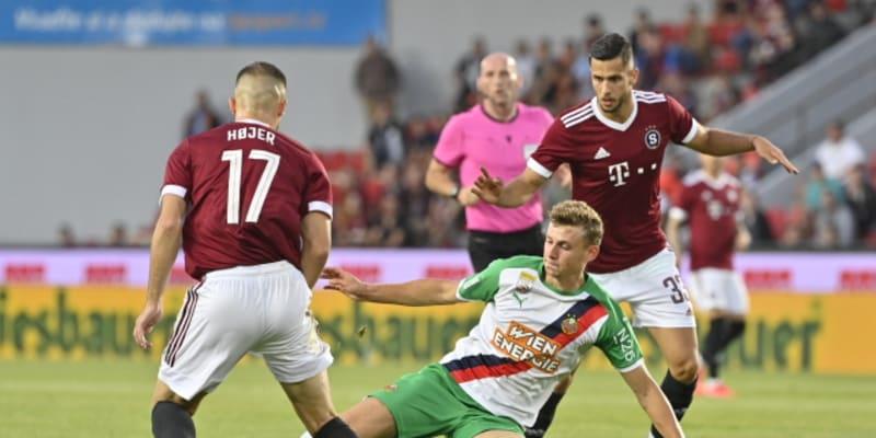 Casper Höjer v souboji s Lionem Schusterem