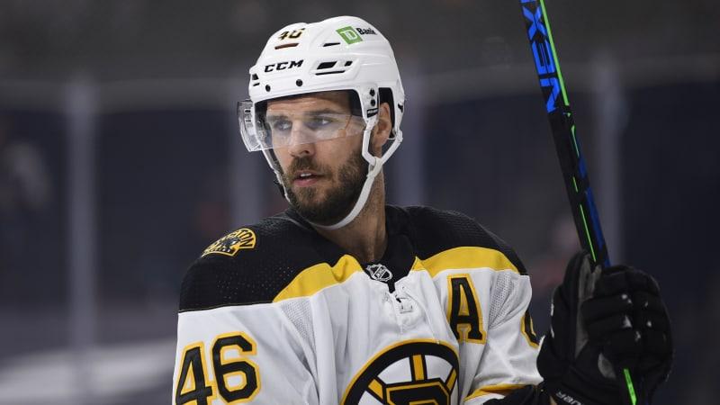Hokejista David Krejčí končí v Bostonu. Chce zpět domů a hrát před svou rodinou