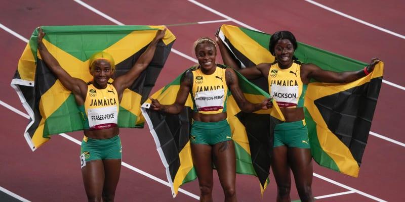 Kompletní stupně vítězů pro jednu zemi jsou v novodobé historii atletiky vzácností.