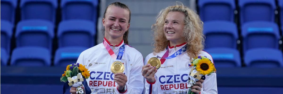 Krejčíková se Siniakovou suverénně vyhrály finále deblu. Česko slaví čtvrté olympijské zlato
