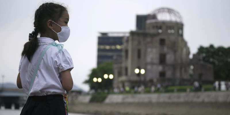 Hirošima si skromně připomíná 76. výročí od dopadu atomové bomby. Doprovodný program nabourala pandemie.