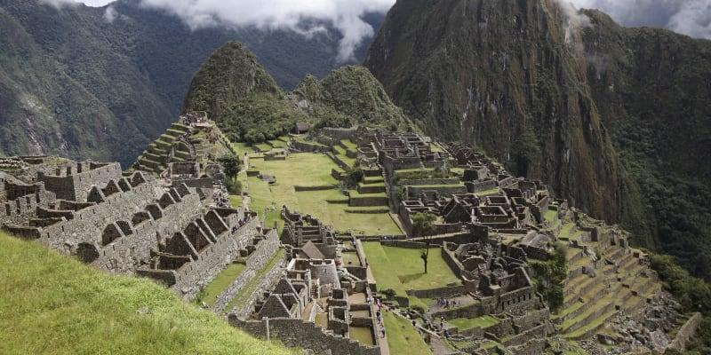 Horská pevnost Machu Picchu je dodnes obklopena řadou záhad.