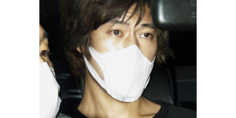 """Útočníkem byl podle japonských médií šestatřicetiletý Jusuke Cušima. Ten uvedl, že chtěl zabít """"šťastně vypadající ženy a páry"""". Odůvodnil to svými neúspěchy v osobním životě."""