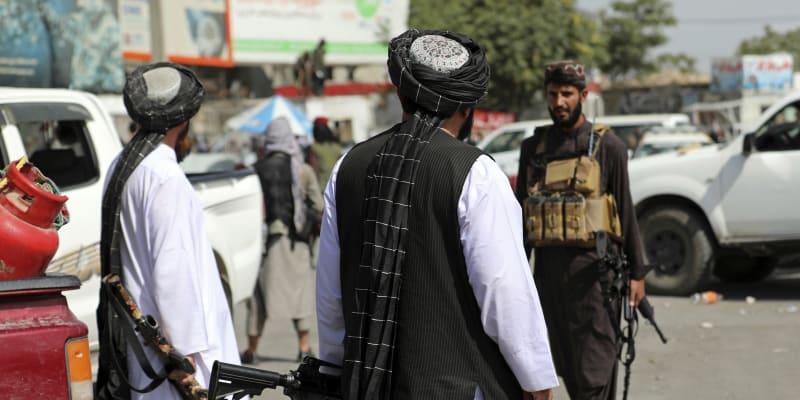 Kábul je pod kontrolou Tálibánu.