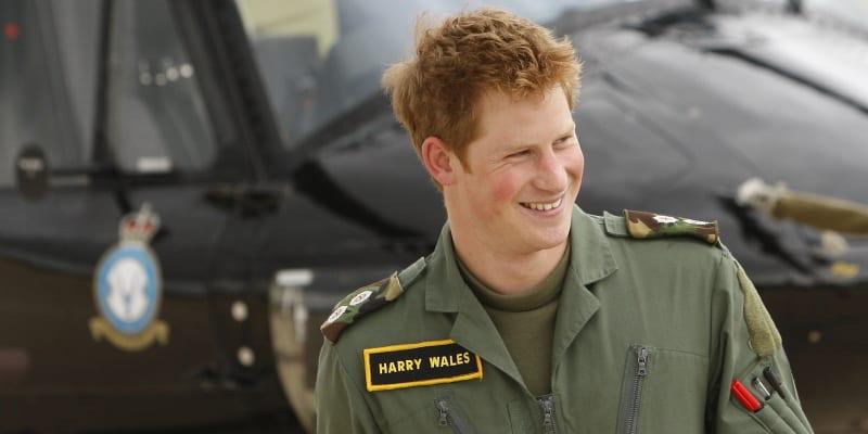 V britské armádě strávil princ Harry deset let, za tu dobu se zúčastnil dvou bojových misí v Afghánistánu.