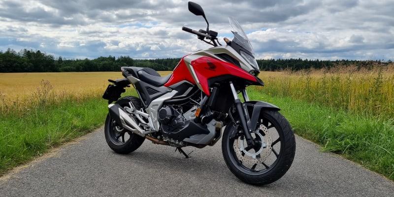 Honda NC750X (2021)