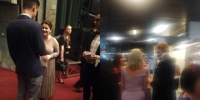 Ministři bez respirátorů na filmovém festivalu Karlovy Vary. Vlevo Jana Maláčová, vpravo zády k objektivu Adam Vojtěch (zdroj: Blesk.cz).