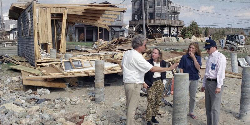 Nová Anglie nezažila hurikán od roku 1991, kdy tam řádil hurikán Bob – dobový snímek.