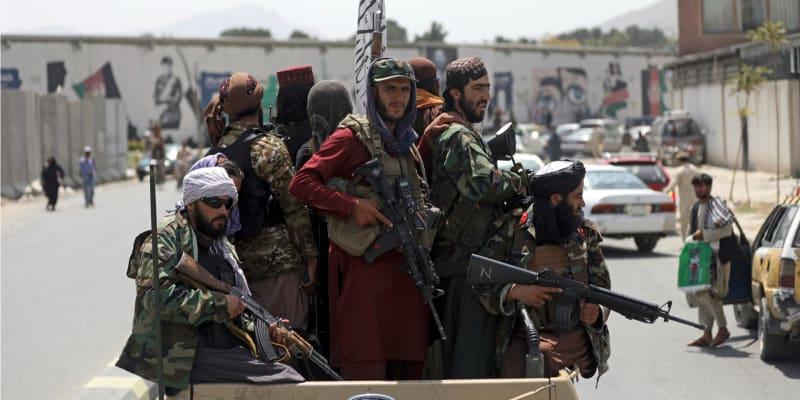 Tálibán kontroluje většinu území Afghanistánu. Na severu ale obsadili několik okresů rebelové.