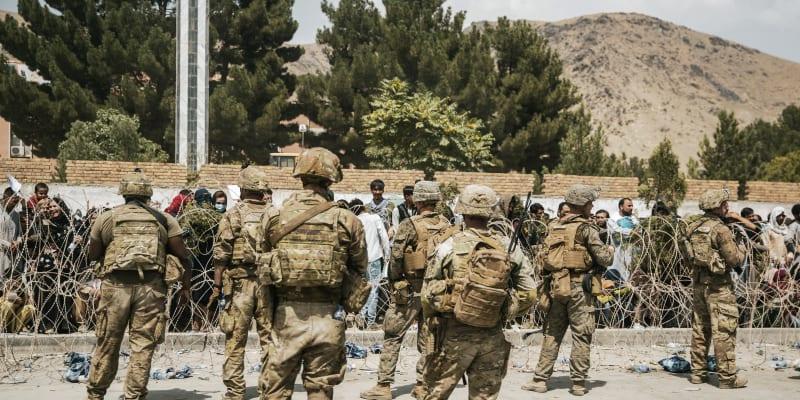 Pondělní přestřelka u severní brány kábulského letiště si vyžádala jedno úmrtí. (Ilustrační foto)