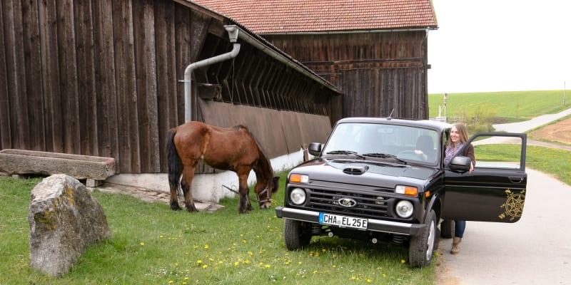 Lada Niva a Dacia Sandero jako elektromobil