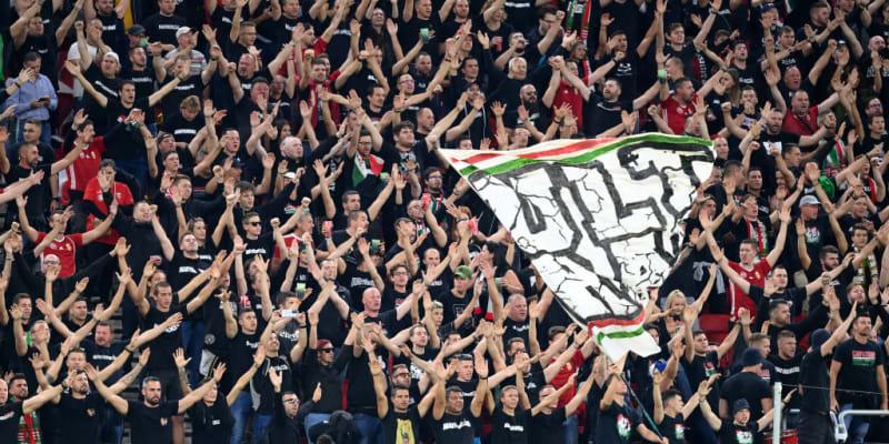 Zápas Maďarska s Anglií doprovázela bouřlivá divácká kulisa