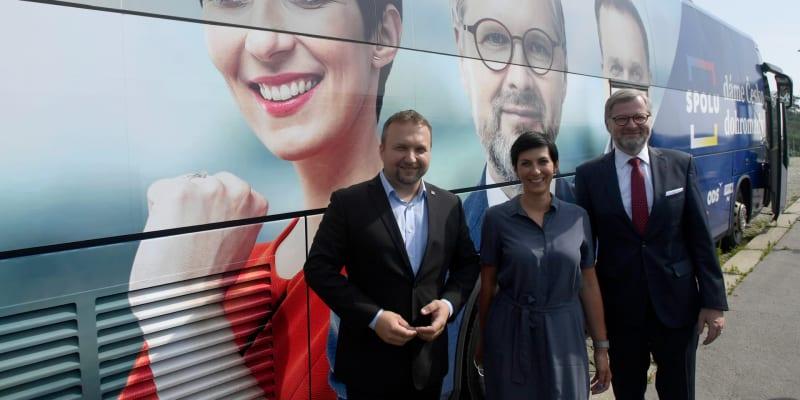Volební autobus koalice Spolu