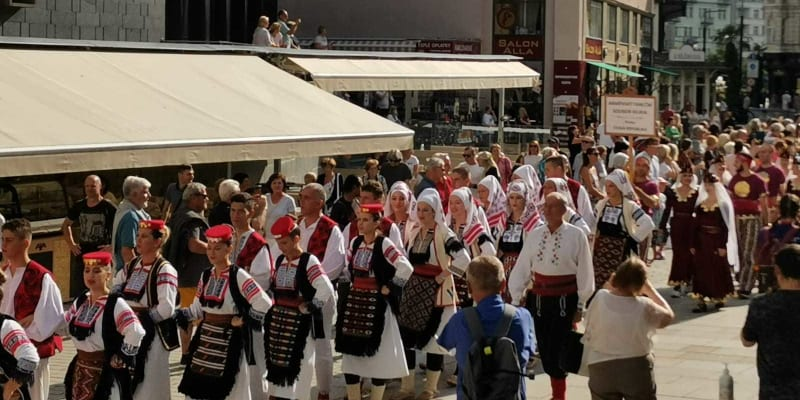 Záběry z festivalu folkloru v Karlových Varech