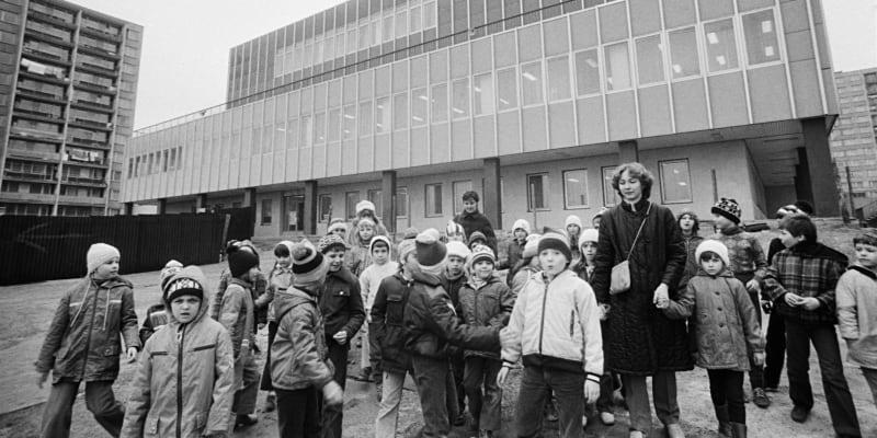 Dům pionýrů a mládeže. Snímek z roku 1983