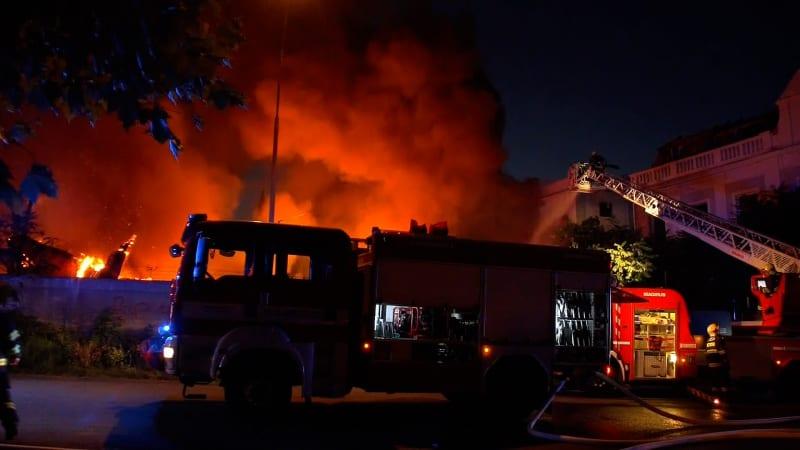 Tragédie, při nichž v Česku umřely desítky hasičů: Nejen zásahy, ale i nehody na silnicích