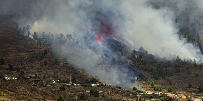 Sopka Cumbre Vieja na ostrově La Palma se probudila.