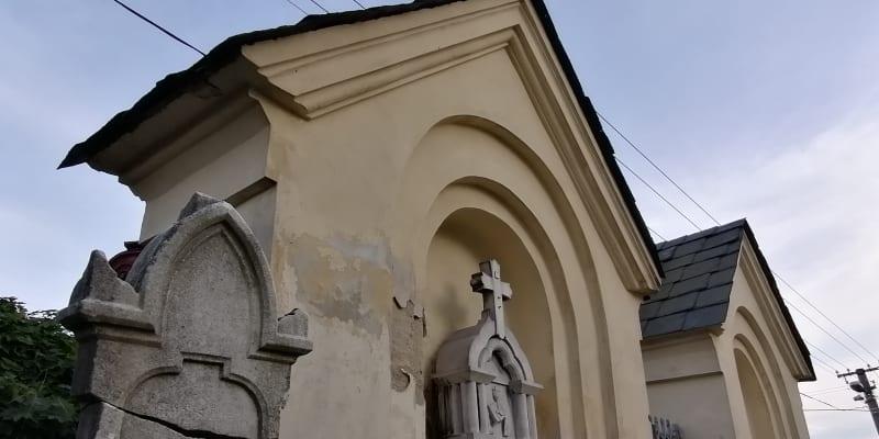 Německé hroby na hřbitově ve Svatoňovicích