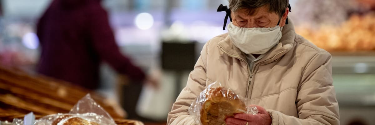 Exkluzivní průzkum: Drtivá většina Čechů se bojí o důchody. Na řešení se neshodnou