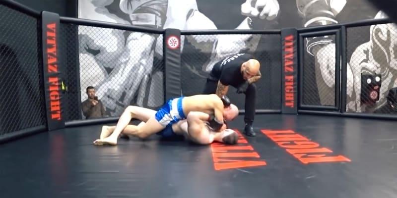 Rus se před dvěma lety pokusil prorazit v MMA. Jeho snaha skončila neúspěchem.