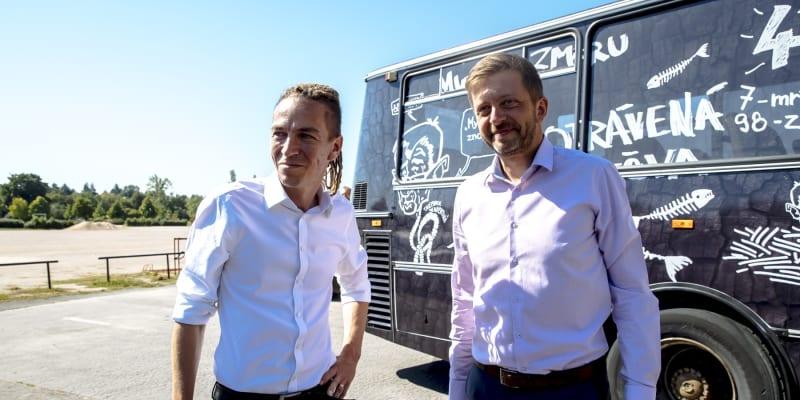 Ivan Bartoš a Vít Rakušan během zahájení kampaně.