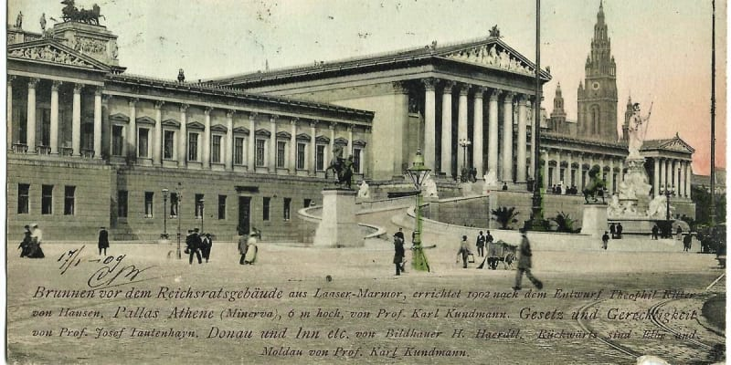 První všeobecně svobodné volby si Češi a další národy Rakousko-Uherska vybojovali v roce 1907. Na pohlednici parlament (Reichsrat), v němž  roce 1907 usedlo i 108 českých poslanců