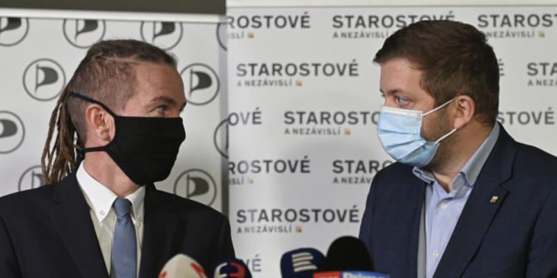 Ivan Bartoš s Vítem Rakušanem jsou přátelé.